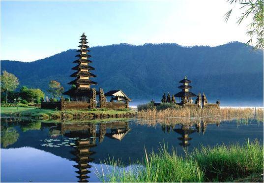 Bali, Hobbit free zone