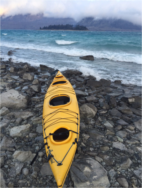lake tekapo canoe