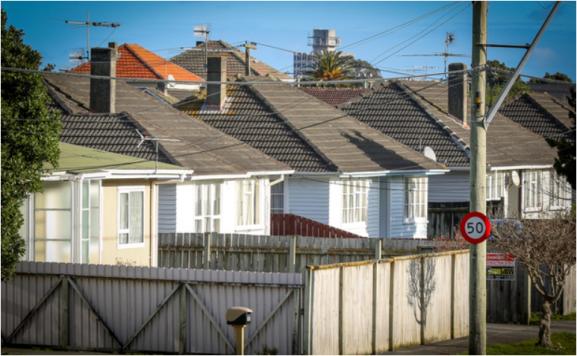 housing-in-upper-hut